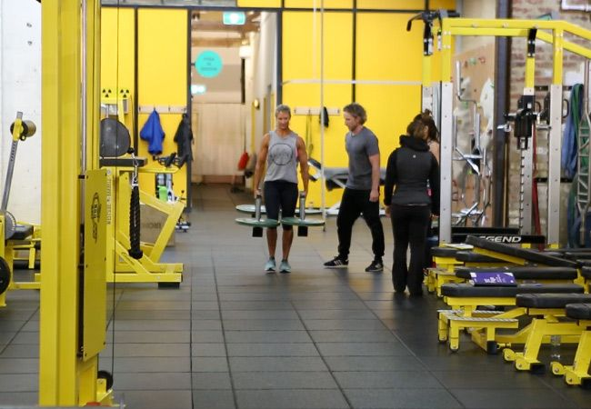 5:e Element friskvårds Modifierad Strongman Workout