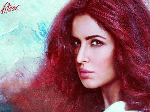Katrina kaif fitoor film look avkodas: outfits, makeup, rött hår
