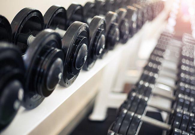 Vetenskapen bakom att ta en paus från gymmet