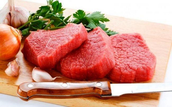 För mycket rött kött kan skada dina njurar. Ta reda på varför?