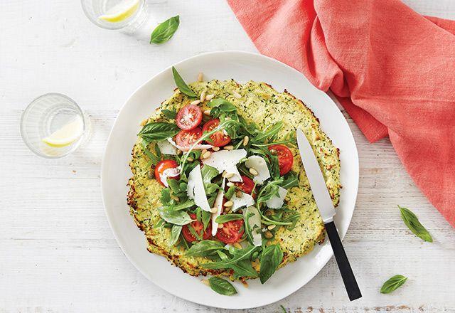 Zucchini tortilla med färsk sallad recept